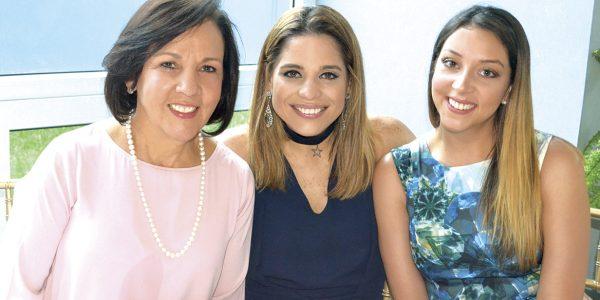 Conchita Sarmiento, María Elena López y Lucía Ordóñez