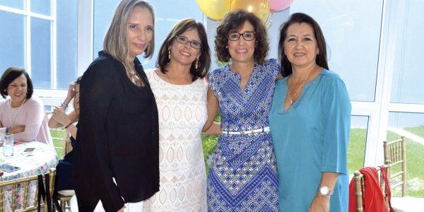 Eva Gómez, Pina López, Marcela Moya y Sandra Aguilar