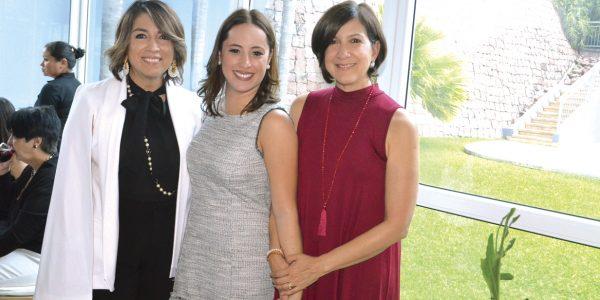 Goye Corrales, Morela López y Carolina Agurcia