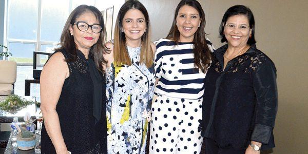 Tony Banegas, Bessy Rock con Melissa y Mirna Jarquín