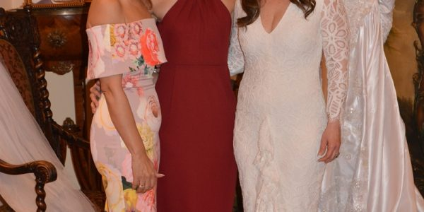Carla y Sofía Barletta con Jenny Vitanza