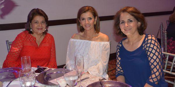 Leticia Morales, Suyapa Monterroso y Claudette Kattán