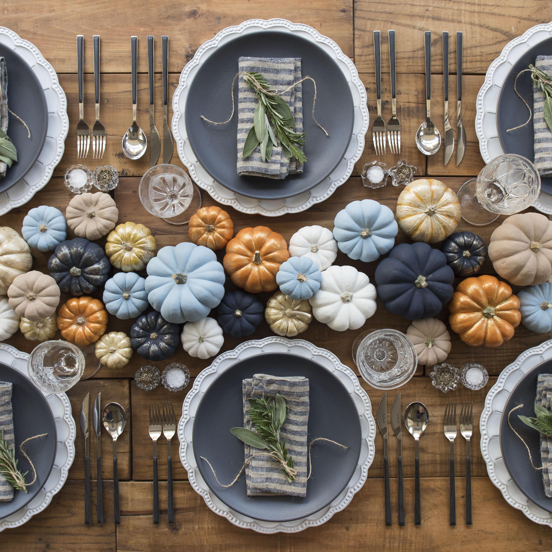 thanksgiving table mesa revista cromos honduras (1)