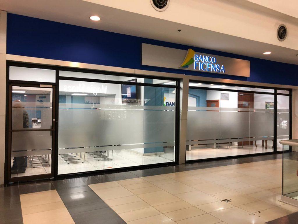 Banco Ficensa abre su nueva sede