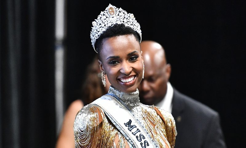 Zozibini Tunzi fue elegida Miss Universo 2019