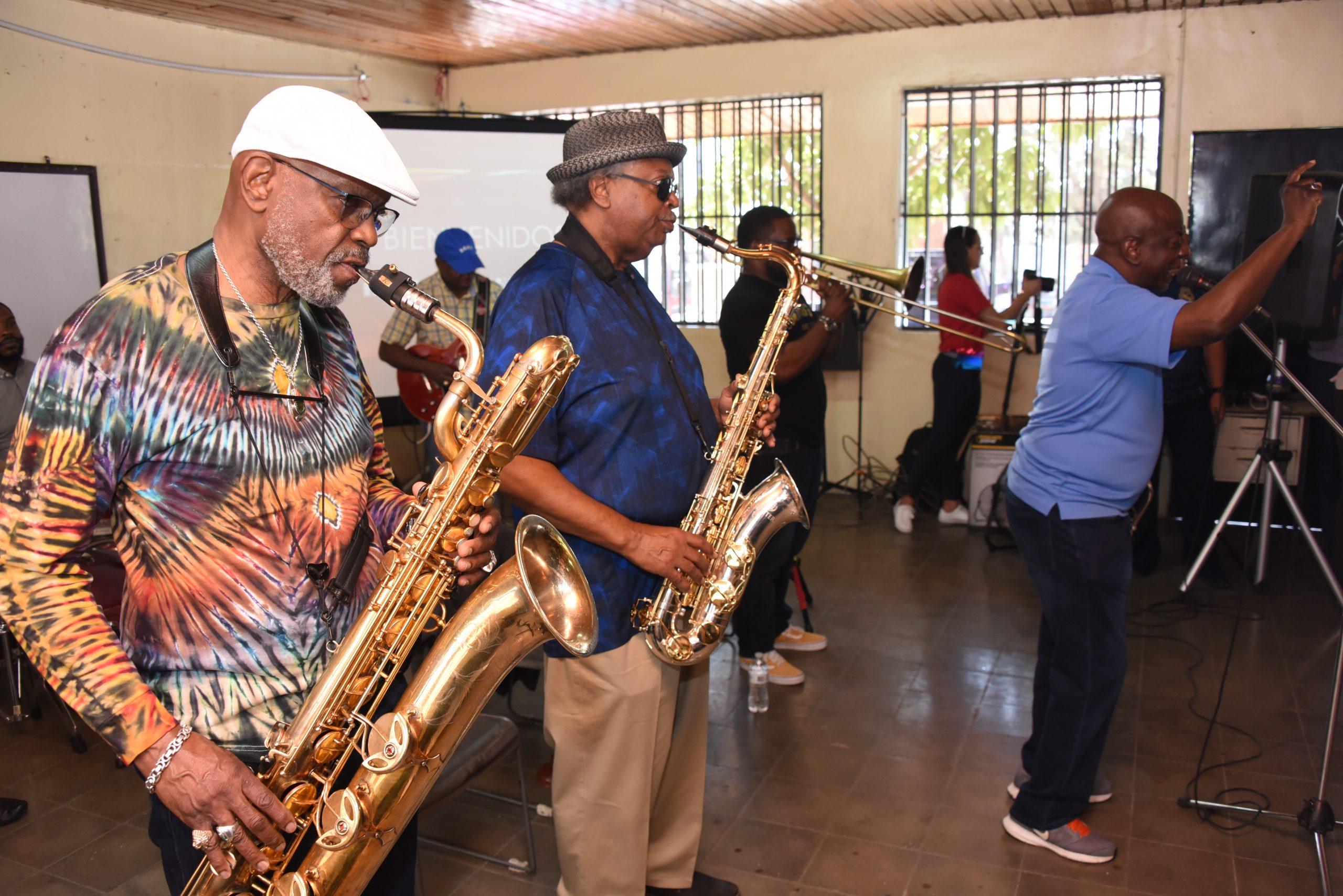 Embajada de EE.UU. presenta a Dirty Dozen Brass Band