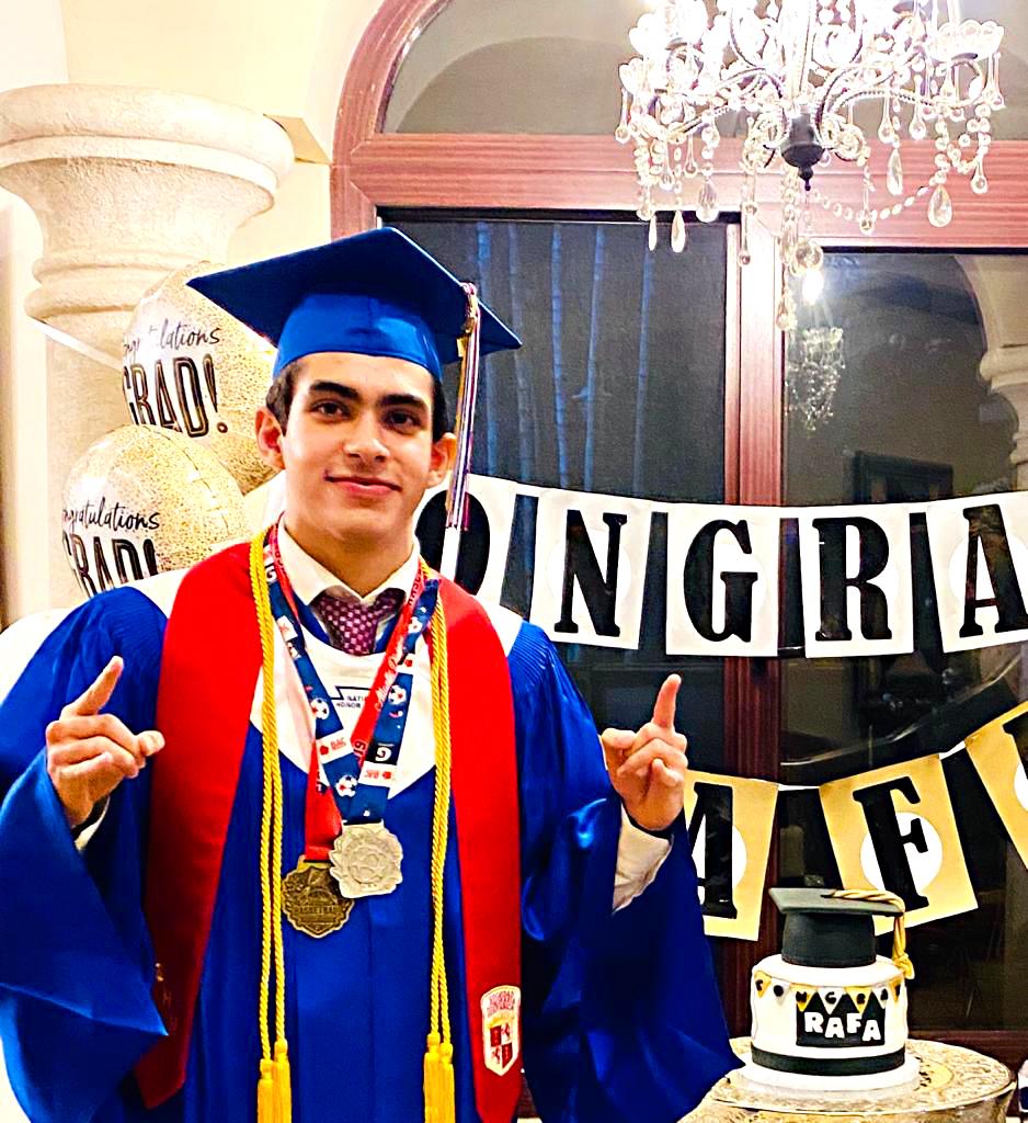 Graduación en Casa: AST 2020