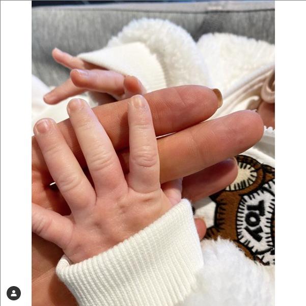 Yolanda Hadid publica nueva foto de la hija de Gigi y Zayn