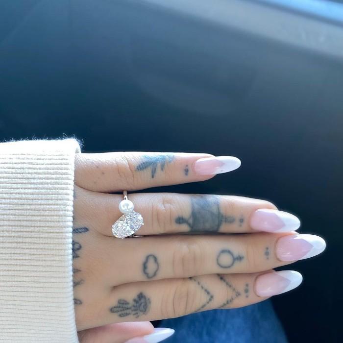 ¡Ariana Grande esta comprometida!