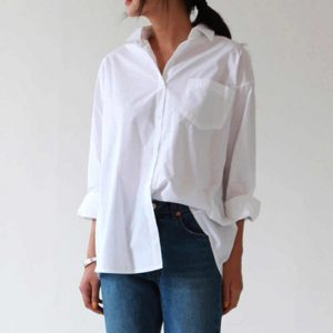 5 camisas que toda mujer debe tener en su closet