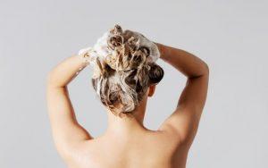 Tips para el cuidado del cabello seco.