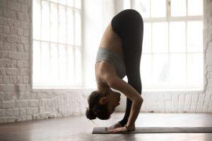 Ejercicios de yoga que ayudan con la digestión