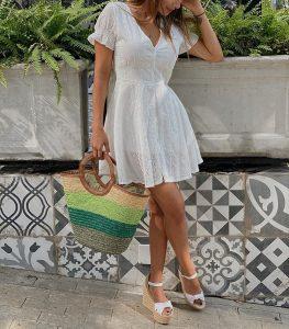 Zapatos que combinan con tus vestidos de verano