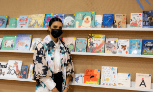 """Atenas Hernández presenta su libro """"Valentina Sueña con los Animales"""" en la prestigiosa Feria del Libro de Madrid"""